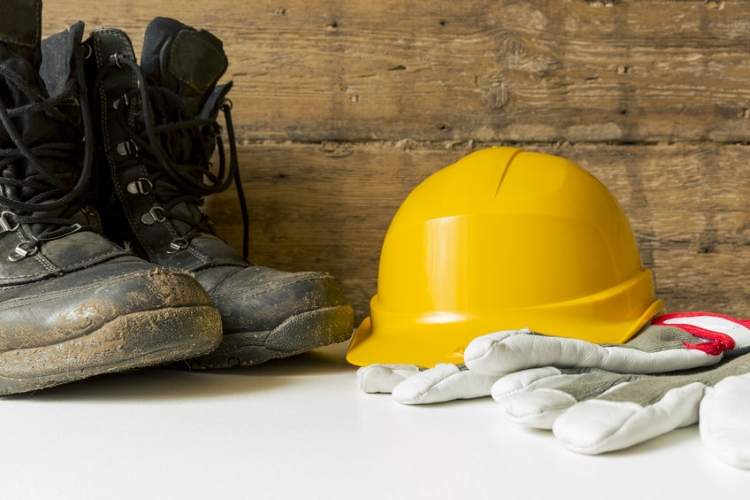Get the Right Safety Shoes for your Foot Protection Needs