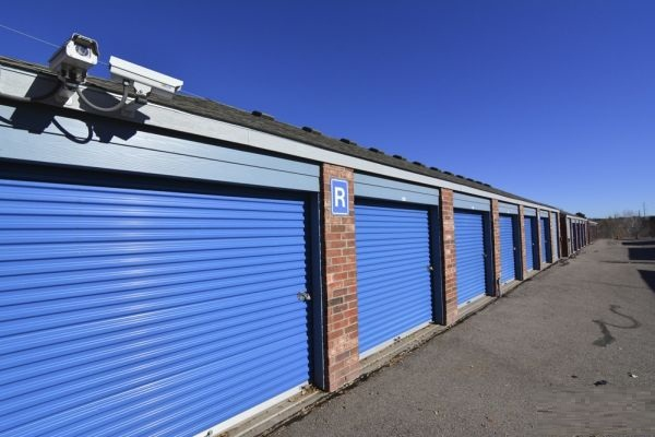 Selecting The Best Self-Storage Service Provider In Your Area